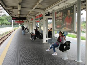 Carlie on the platform at Morumbi Station